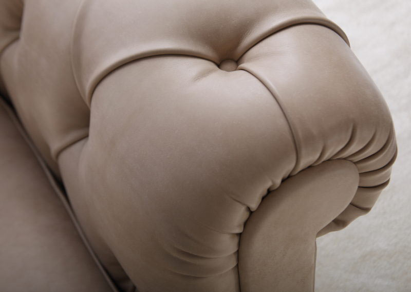 Leather sofa Boston Chersterfield by BertO