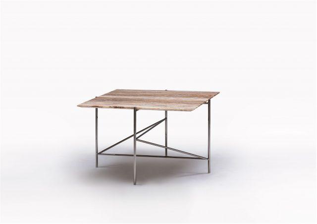 Riff coffee table in onice travertino
