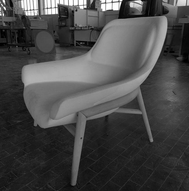 prototipo poltrona Hanna