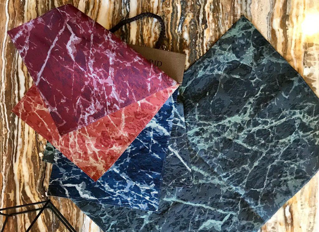 Collezione Tessile BertO: tessuto effetto marmo