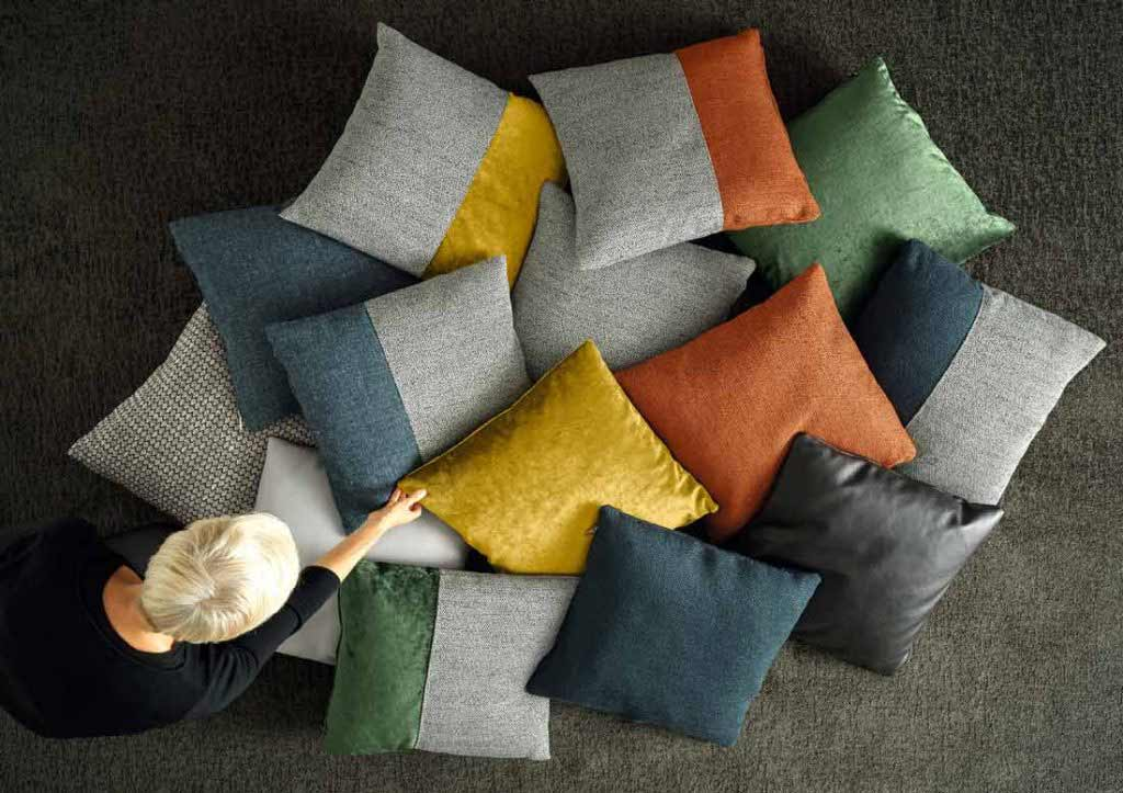 BertO furnishing accessories: collection of small designer cushions.