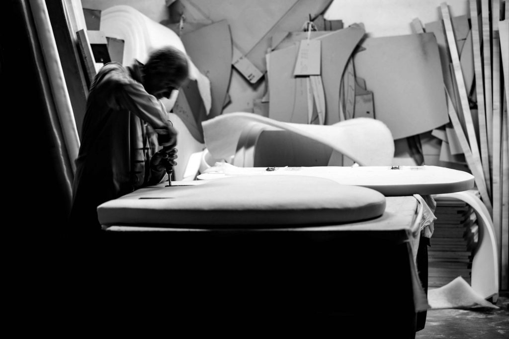 Flavio Caroli master upholsterer BertO - black and white photo